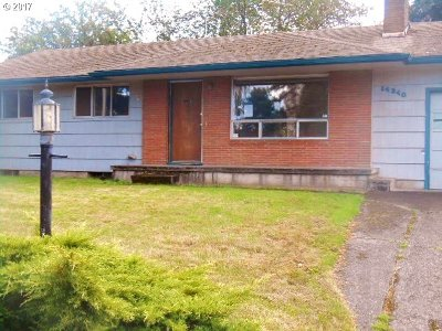 Portland Single Family Home For Sale: 14340 SE Brooklyn St