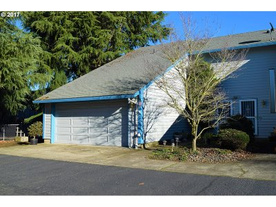 Canby Condo/Townhouse Sold: 502 SE Township Rd