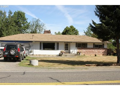 Gresham Single Family Home For Sale: 5301 SE Welch Rd