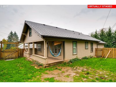 Milwaukie Single Family Home For Sale: 14827 SE River Rd