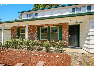 Tigard Single Family Home For Sale: 13705 SW Ash Ave