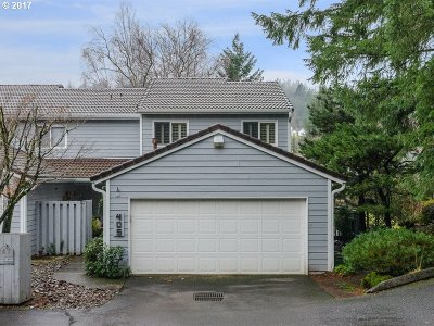 Portland Single Family Home For Sale: 405 SW 70th Ter