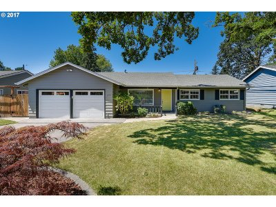 Portland Single Family Home For Sale: 1375 NW 131st Ave