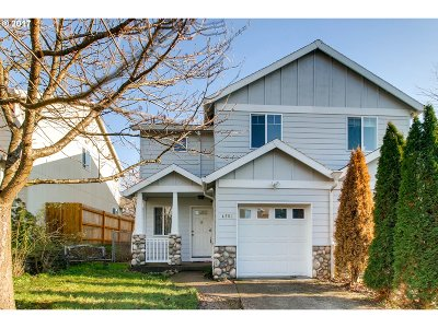 Portland Single Family Home For Sale: 4250 SE 120th Ave