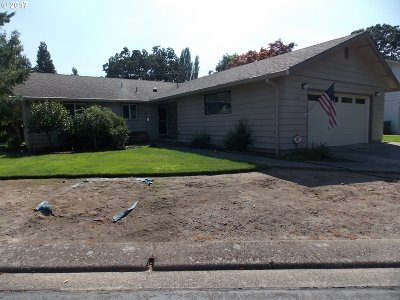 McMinnville Single Family Home For Sale: 1120 NW Sunnywood Ct