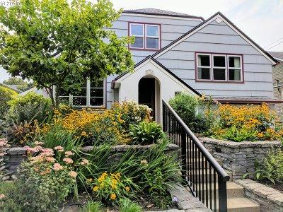 Single Family Home For Sale: 3424 NE Multnomah St