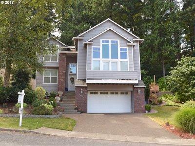 Milwaukie Single Family Home For Sale: 16299 SE Merganser Ct