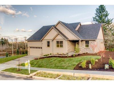 Gresham Single Family Home For Sale: 3512 SE Myrtlewood Ln