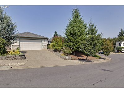 Oregon City Single Family Home For Sale: 13638 Barclay Hills Dr