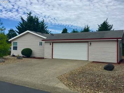 Single Family Home Sold: 898 31st Way