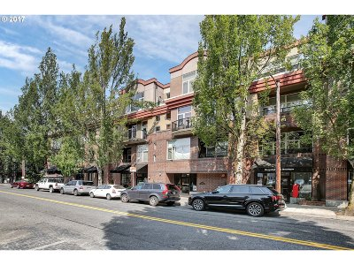 Condo/Townhouse For Sale: 618 NW 12th Ave #410