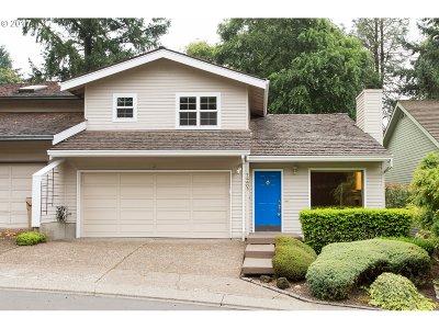 Lake Oswego Single Family Home For Sale: 14401 Sherbrook Pl