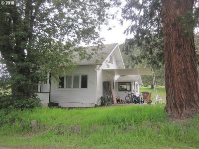 Myrtle Creek Single Family Home For Sale: 1450 NE Spruce Ave