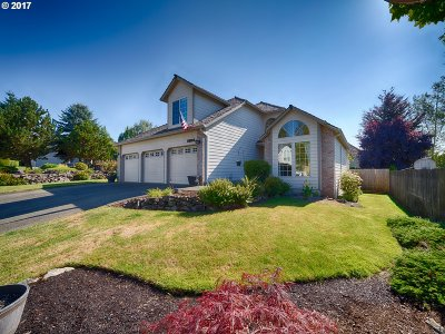 Clackamas Single Family Home For Sale: 15112 SE 124th Ave