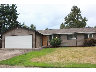 Gresham Single Family Home For Sale: 3021 SE Glacier Ave