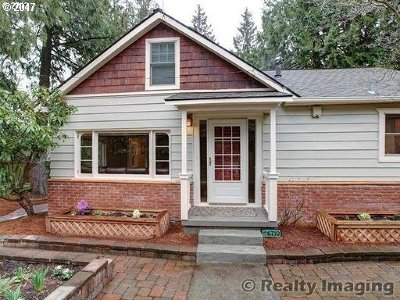 Portland Single Family Home For Sale: 6710 SW 60th Ave