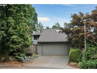 Tigard Single Family Home For Sale: 10815 SW Summer Lake Dr