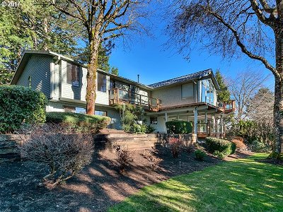 Happy Valley, Clackamas Single Family Home For Sale: 12668 SE Ridgecrest Rd