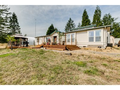 Creswell Single Family Home For Sale: 30988 Camas Swale Rd