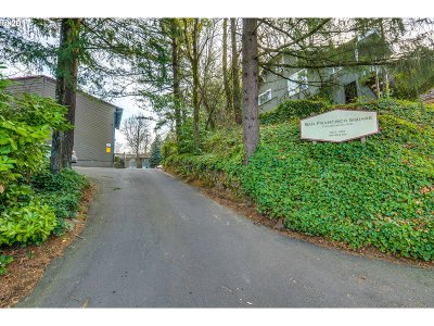 Portland Condo/Townhouse For Sale: 5250 SW 42nd Ave