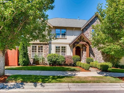 Portland Single Family Home For Sale: 12506 NW Alsace Ln