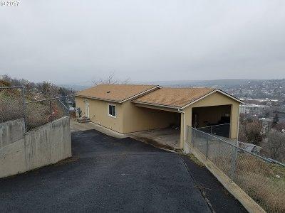 Pendleton Single Family Home For Sale: 939 S Main Pl