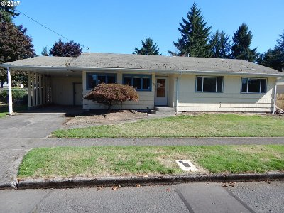 Stayton Single Family Home For Sale: 924 N Douglas Ave