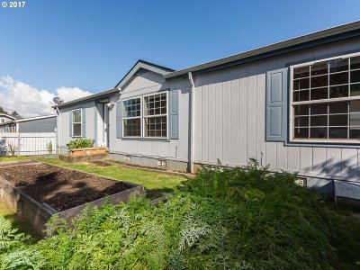 Portland Single Family Home For Sale: 530 SE 197th Ave #5