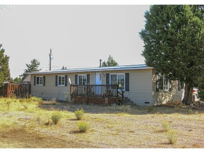 Bend Single Family Home For Sale: 67020 Central St