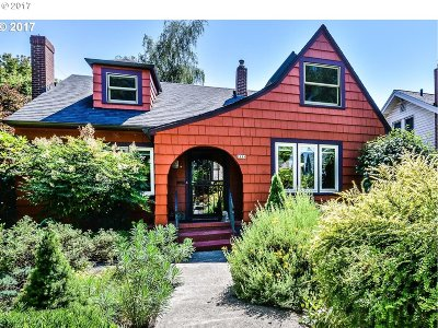 Portland Single Family Home For Sale: 7504 SE 13th Ave