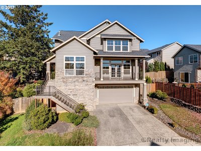 Tigard Single Family Home For Sale: 12813 SW Rembrandt Ln