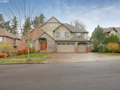 Happy Valley Single Family Home For Sale: 15047 SE Pebble Beach Dr
