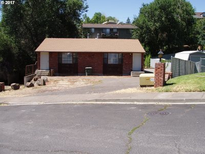 Pendleton Multi Family Home For Sale: 701 NW 3rd Dr