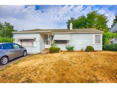 Portland Single Family Home For Sale: 4324 NE 81st Ave