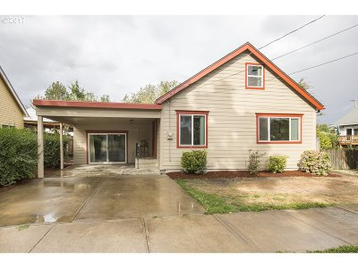 McMinnville Single Family Home For Sale: 1015 NE Hembree St