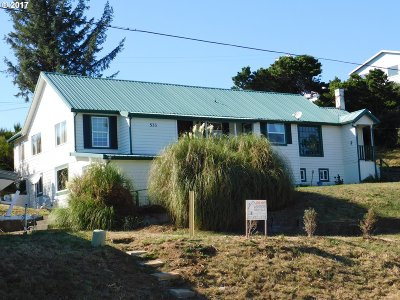 Port Orford Single Family Home For Sale: 533 Harbor Dr