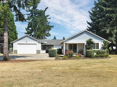 Estacada Single Family Home For Sale: 33035 SE Darrow Rd
