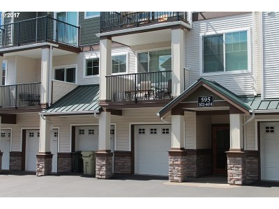 Portland Condo/Townhouse For Sale: 595 NW Lost Springs Ter #102