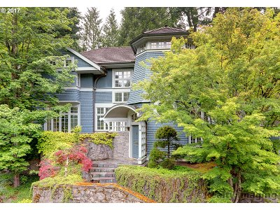 Multnomah County Single Family Home For Sale: 2862 SW Fairview Blvd