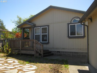Coos Bay Single Family Home For Sale: 90946 Windy Ln