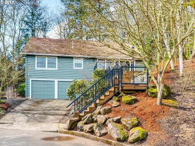 Lake Oswego OR Single Family Home For Sale: $599,600