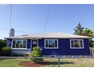 Portland Single Family Home For Sale: 12531 NE Glisan St
