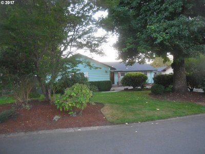 Eugene Single Family Home For Sale: 2848 Country Ln