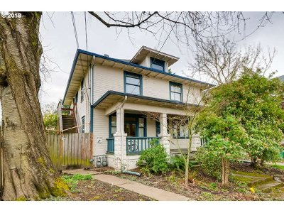 Multi Family Home For Sale: 434 NE Morris St
