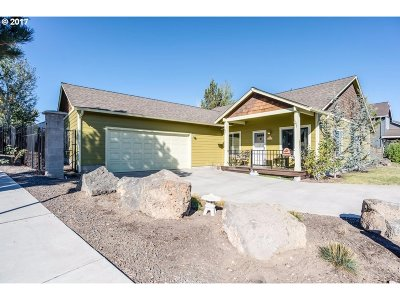 Bend Single Family Home For Sale: 63277 Stonewood Dr