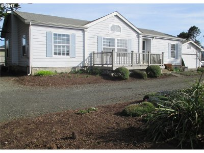 Bandon Single Family Home For Sale: 787 Ocean Dr