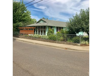 Cornelius Single Family Home For Sale: 425 N 15th Ave