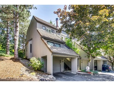 Lake Oswego Condo/Townhouse Bumpable Buyer: 4077 Jefferson Pkwy