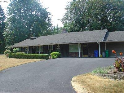 Portland Single Family Home For Sale: 6316 SW Peyton Rd