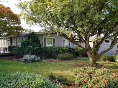 Woodburn Single Family Home For Sale: 1347 Woodland Ave